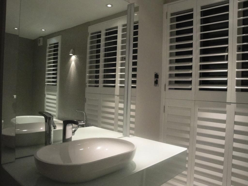 Bathroom Shutter 28 Images Bathroom Plantation Shutters Cottage Bathroom Shutters On