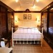 bedroom-shutters-16